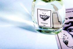 dovana_fragrance-d14893be2809a16909144a1fe5f0a443a12d4d6241b21f2f1899ef7757d52f5b